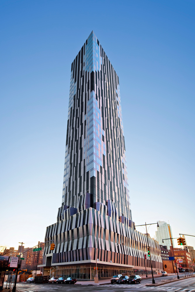 Toren tower completed brooklyn 39 s newest residential high Modern residential towers