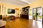 Debi-Mazar-Home-Interior-Photo-by-Michael-McNamara.jpg