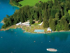 Austrias-Lake_Zell_-_Zell_am_See.jpg