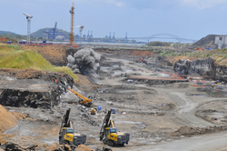Panama-Canal-Expansion-Site-2011.jpg