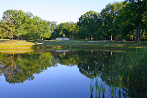 Pocono-Manor---golf---water.jpg