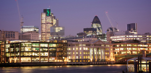 River-Thames-and-the-City-of-London-at-dusk-uk-wpcki.jpg