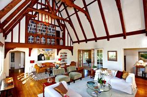 Former-Carole-King-home-interior-Photo-by-Michael-McNamara.jpg
