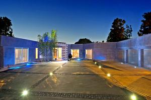 Fashion-entrepreneur-Tonny-Sorensens-Beverly-Hills-home-for-sale-at-6.9-million.jpg