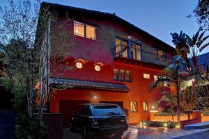 AJ-McLean-of-the-Backstreet-Boys-Hollywood-Hills-home-Photo-by-Val-Riolo.jpg