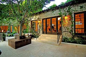 Ben-Stiller-s-Hollywood-Hills-house-Photo-by-Everett-Fenton-Gidley.jpg