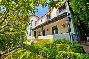 Craig-Kilborn-s-former-Hollywood-Hills-West-home-Photo-by-Michael-McNamara.jpg