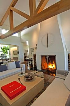 Ellen-DeGeneres-former-Beverly-Hills-estate-home-interior-Photo-by-Everett-Fenton-Gidley.jpg