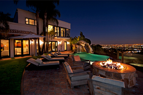 Los-Angeles-luxury-home-sale.jpg