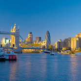 London-Skyline-by-River-Thames-wpcki.jpg