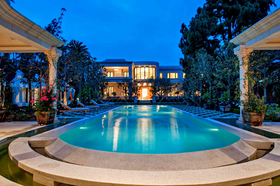 Pool-view-of-58-million-estate-for-sale-in-Beverly-Hills.jpg