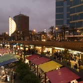 Lima-Peru-shopping-mall-wpcki.jpg
