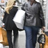 Retail-Shoppers-in-NYC-wpcki.jpg