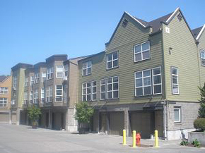 RiverplaceSquare-Apartments-Portland-OR.jpg