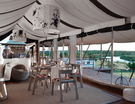Dine-overlooking-the-Mara-River-and-the-endless-plains.jpg