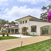 WPC News   Bruce Willis home