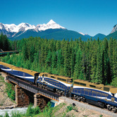 Train_3--On-the-Rocky-Mountaineer-you-ride-through-the-wilderness-in-luxury-nki.jpg