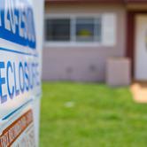 US-home-foreclosures-nki.jpg