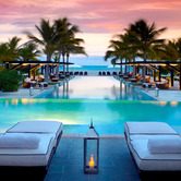JW-Marriott-Panama-Pool-at-Dusk-nki.jpg