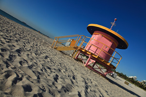 Only-on-South-Beach-could-you-have-a-pink-lifeguard-stand.jpg