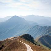 mountains-in-hong-kong-nki.jpg
