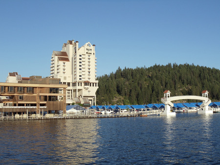 6---The-Coeur-D-Alene-Resort-sits-right-on-the-lake.jpg