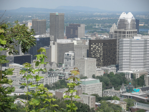 The-view-from-Montreal-s-Mount-Royal-is-stunning.jpg