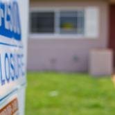 U.S.-home-foreclosures-keyimage.jpg