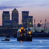 Canary-Wharf-at-sunset-London-keyimage.jpg