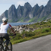 Cycle-Tourism-Vacation-keyimage.jpg