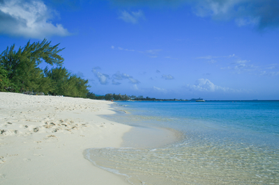 WPJ News | Seven Mile Beach, Grand Cayman - Cayman Islands - Department of Tourism