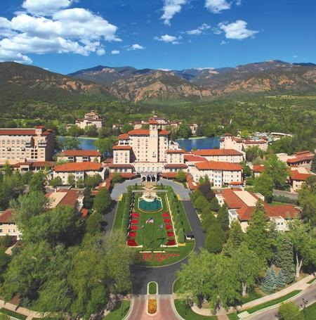 WPJ News | The Broadmoor is an Italian palace in the American West. (Courtesy The Broadmoor)
