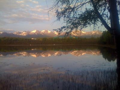 Alaska-s-majesty-is-on-full-display-at-Goose-Lake-Lodge.jpg