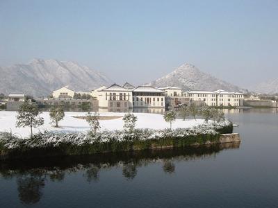 The-Fuchun-Resort-is-a-Far-Eastern-version.jpg