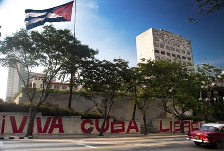 Havana,-Cuba-mural-in-city.png