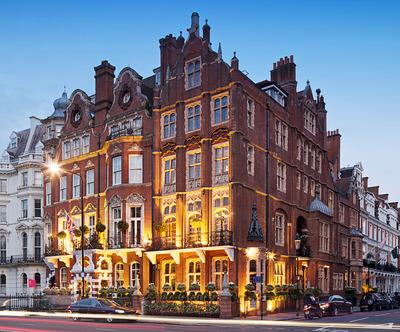 At-the-Milestone-Hotel-you'll-feel-like-royalty-too.jpg