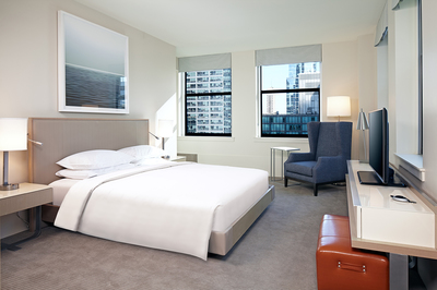 At-Chicago's-Hyatt-Centric,-you-get-first-class-amenities-and-views-to-die-for.jpg
