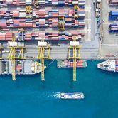 Containers-in-Dubai-Port.jpg