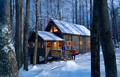 Intimate-lodgings-for-Valentine's-Day-at-Adventures-On-the-Gorge.jpg