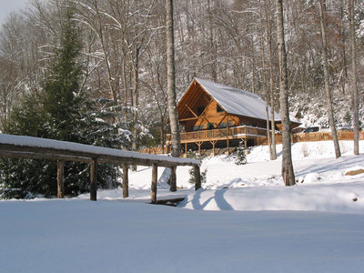 Winter-Wonderland-might-be-another-name-for-Lands--Creek-Log-Cabins.jpg