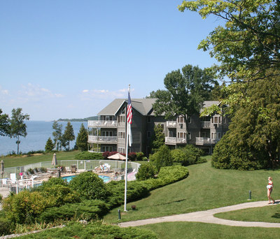 Bay-Shore-Inn-offers-lakefront-hospitality-and-magnificent-views.jpg