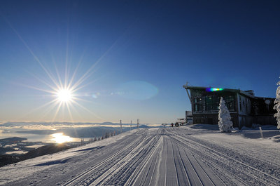 At-Schweitzer-Mountain-Resort,-Sky-House-Lodge-above-and-Lake-Pend-Oreille-below.jpg
