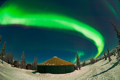 at-Chena-Hot-Springs-Resort-a-luxury-yurt-under-the-Northern-Lights.jpg