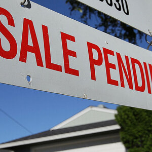Pending Home Sales in U.S. Grow 2 Percent in March