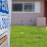 U.S.-home-foreclosures-keyimage2.jpg