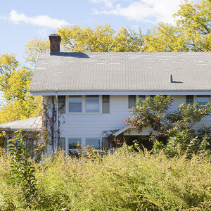 Vacant Zombie Homes Dip in Q3 as Foreclosure Moratorium Ends in U.S.