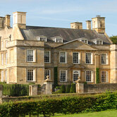 Luxury-estate-home-for-sale-in-the-UK-keyimage2.jpg