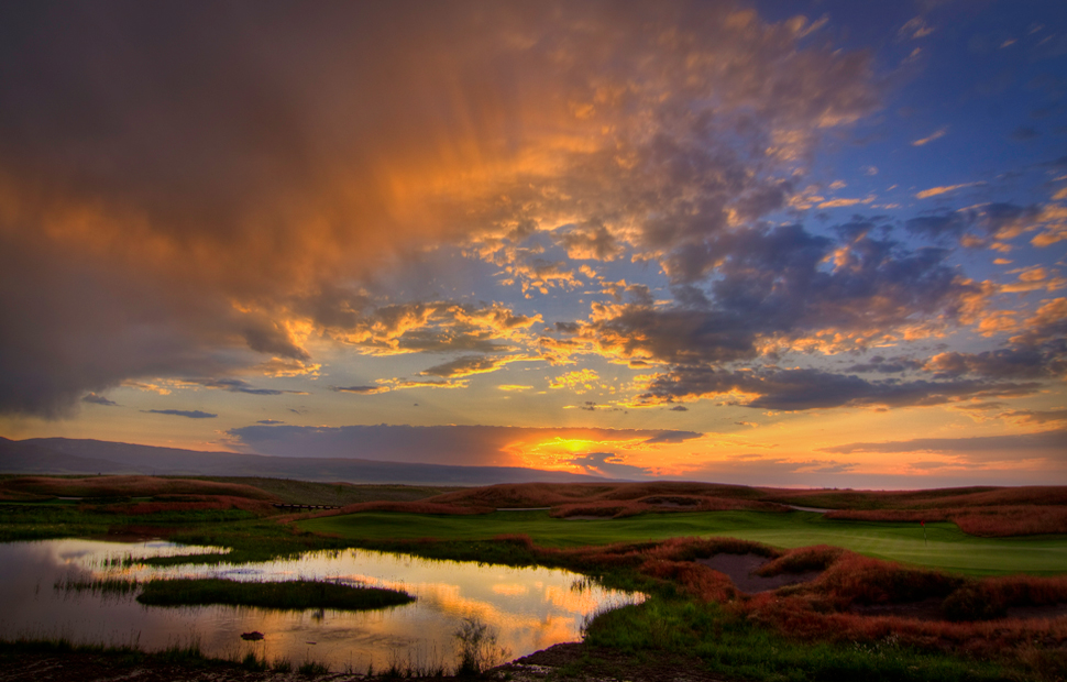 Huntsman Springs - Sunset over hole #8 - Courtesy Tim Braun