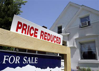 Florida Cheers, Illinois Groans Over September Home Sales