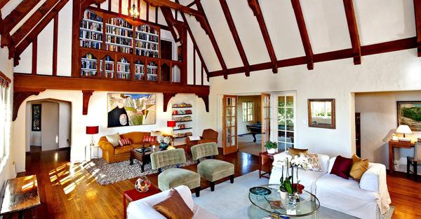 Paula Abdul Lists Sherman Oaks Home at $1.89 Million